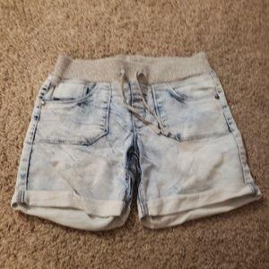 4$ Arizona girls shorts sz 12